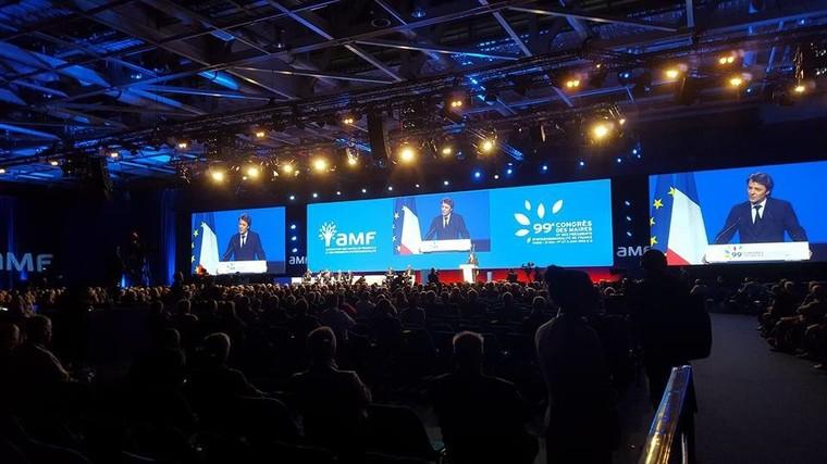 Le congrès des maires de France, entre inquiétude et colère (VIDEO)