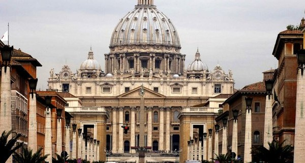 Jesuit scholar rips pope for concessions to Islam