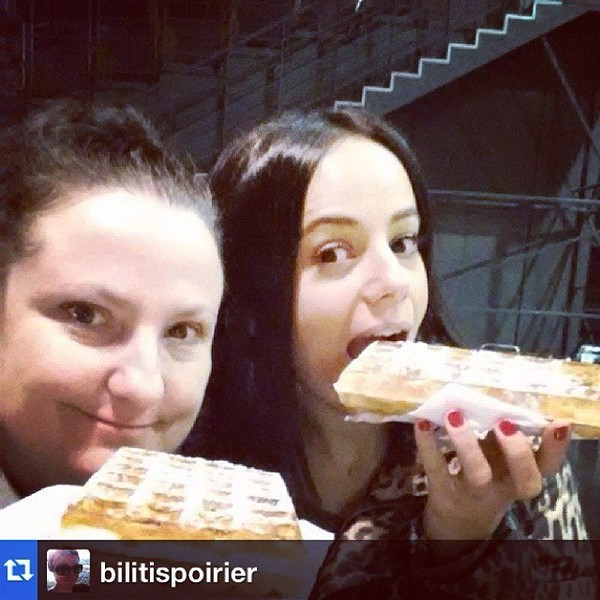 .@alizeeofficiel | Gouter️#Repost from @bilitispoirier | Webstagram