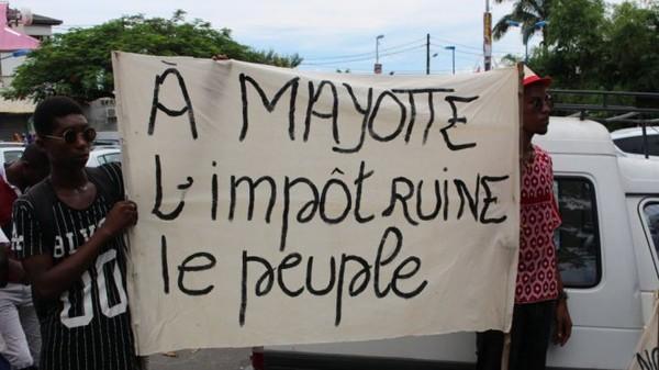 Mayotte: Manifestation contre la hausse exorbitante des taxes d'habitation - mayotte 1ère