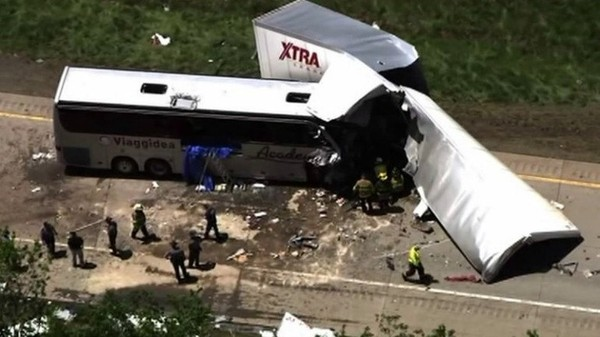 LIVEBLOG: Bus, Rig in Deadly Crash on I-380 in the Poconos