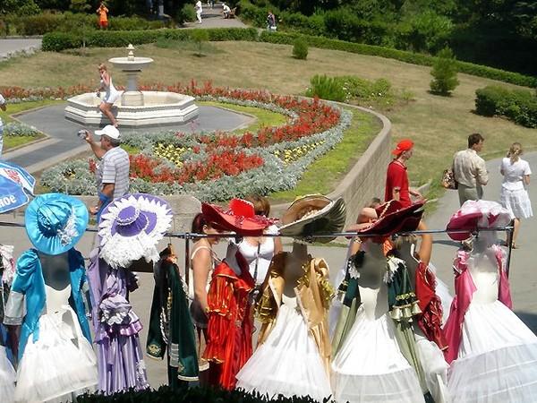 Yalta ; une ville homogène au-delà des mélanges culturels (Tourisme Crimée)