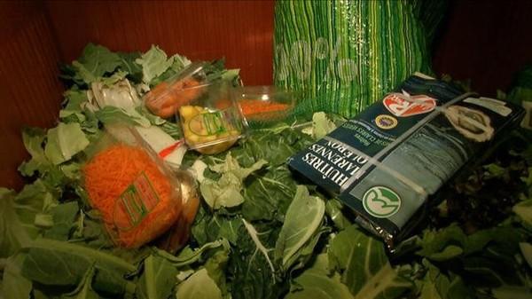 Chaque année, l'équivalent de 20 milliards d'euros de nourriture est jeté dans les poubelles des supermarchés