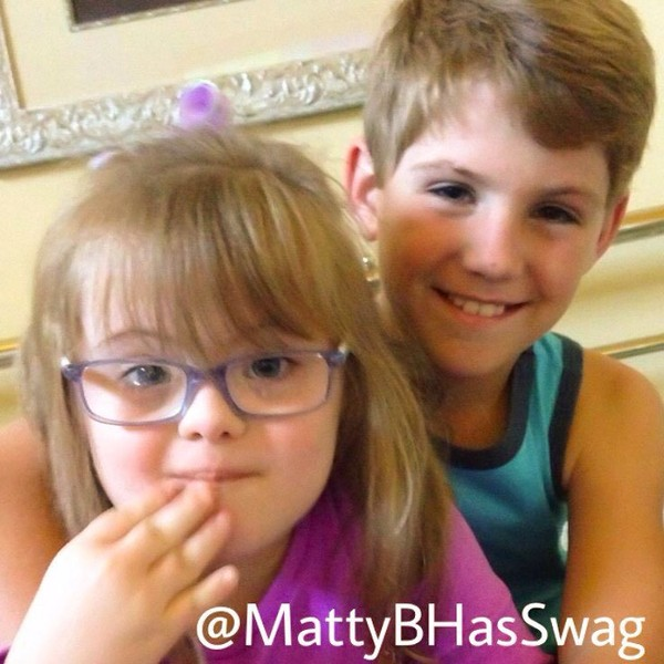 She should stay! #HelpSarah 🙌🏻 We are going to support u @sarahgraceclub 😘 So proud of @m.breezy22 😋 - mattybhasswag
