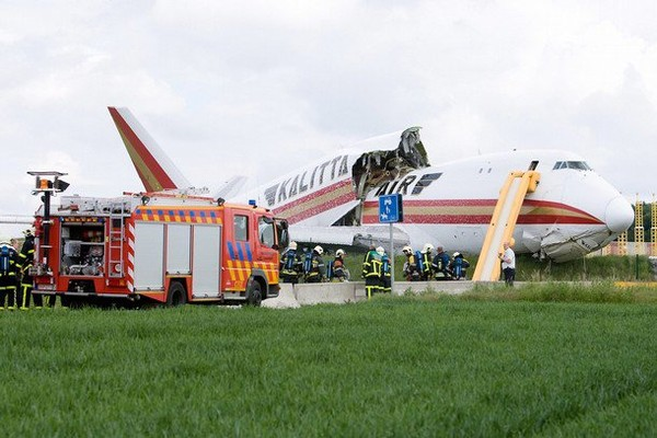 Air Crash Picture