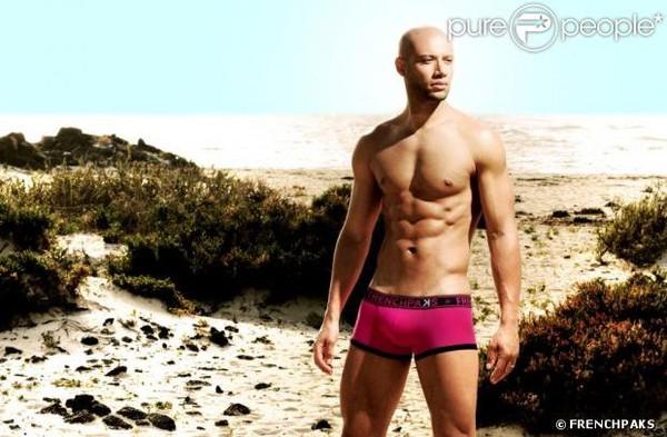 Xavier Delarue (Secret Story) : Il revient, sexy en sous-vêtements