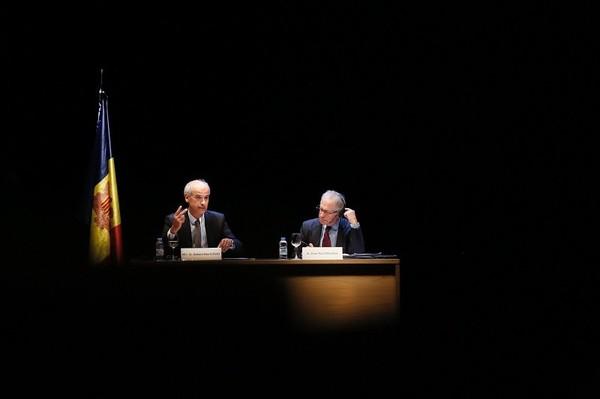 Les questions de génétique, de fécondation in vitro et d'allongement de la vie seront discutées dans le cadre de l'université d'été d'Andorre | ALL ANDORRA