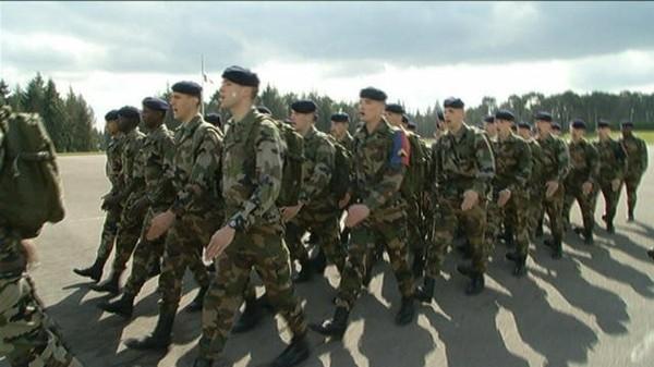 Le service militaire obligatoire peut-il être rétabli ?