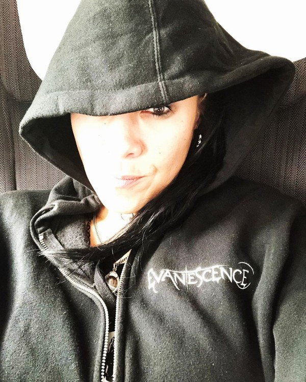 "Jen Majura on Instagram: ""Pond-hopping like a pro #evanescence #whooopwhooop #missingamyandtheboys #pondhopping"""