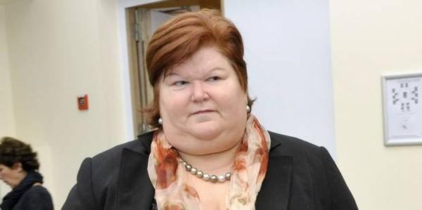 Maggie De Block: immigration, GSM... et soutien-gorge!