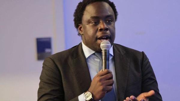 Le président des Jeunes UMP, sans papiers, «se met en congé»