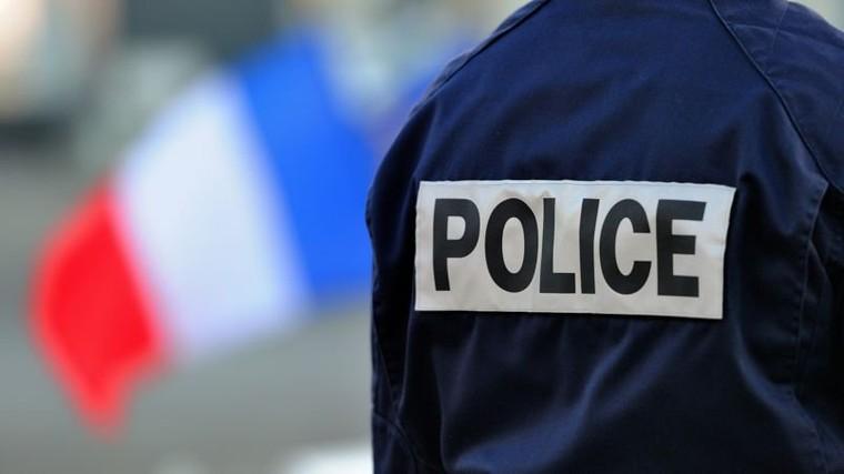Policier au ministère de l'Intérieur le jour, il se prostituait le soir