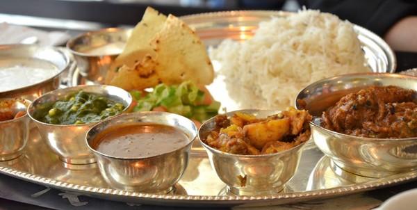 Hotels In Kolkata India Blends Comfort With Quaint Charm