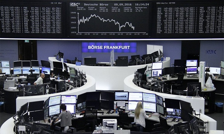 Deutsche Bank dévisse en bourse après qu'Angela Merkel lui aurait refusé son aide