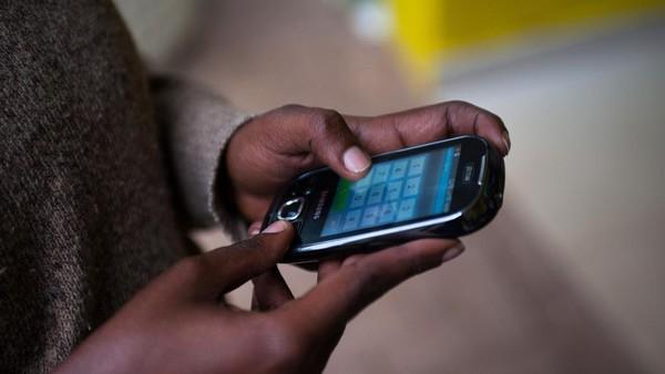 RDC: les usagers demandent le rétablissement des services SMS - Afrique - RFI