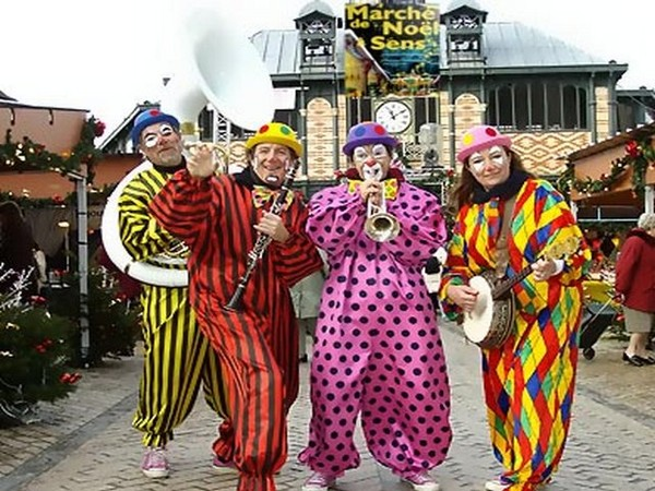 """Annonce """"Musiciens Clowns pour marchés de Noël"""""""