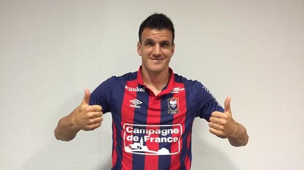 Officiel: Ivan Santini quitte le Standard