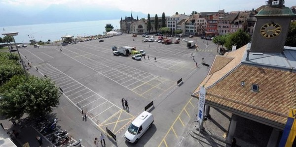 20 minutes - Un «marché gratuit» contre le consumérisme - Vaud