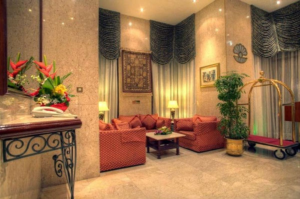 Know the Best Time to visit Before Booking City Centre Hotels in Abu Dhabi