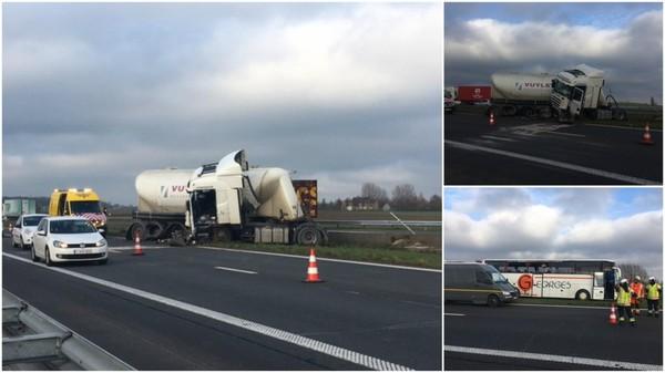 Dottignies | Deux camions et un bus impliqués dans un accident sur l'A17