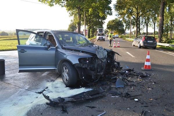 Une collision avec un transport scolaire fait deux blessés