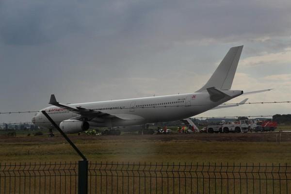 Lesquin: sortie de piste d'un avion d'Air Algérie, 5 vols déroutés - La Voix du Nord - Avion - NewsLocker