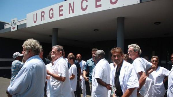 A Mayotte, les urgentistes lancent un cri d'alarme et menacent de quitter l'île
