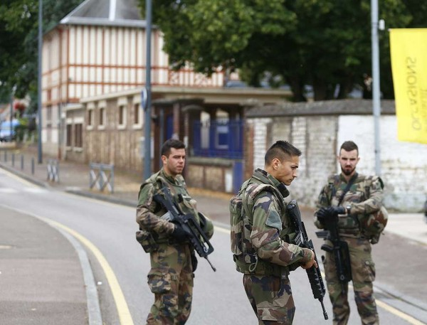 Saint-Etienne-du-Rouvray : le terroriste A.K., en liberté conditionnelle, a agi pendant sa permission de sortie