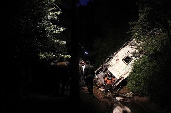 Au moins 16 morts et 21 blessés dans un accident de la route au Chili - LExpress.fr