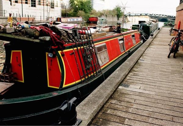 Revue Fluvial Ailleurs Les Londoniens se ruent sur les bateaux logements