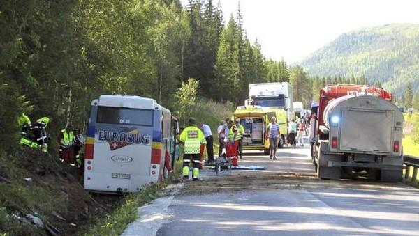 Trois morts dans un accident de car en Norvège