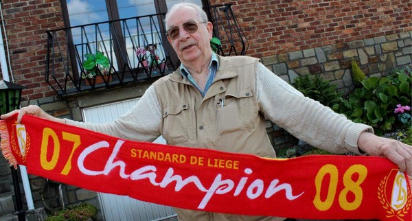 Il est abonné au Standard depuis 1948