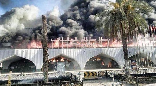 L'aéroport international de Tripoli aux mains des islamistes le jour où ils prendront CDG, Schiphol, ou Heathrow ça ressemblera à cela