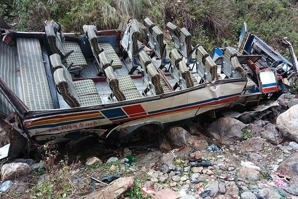 Quarante-quatre morts dans un accident de car dans le nord de l'Inde