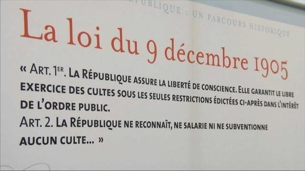 """Journée de la laïcité à l'école: """"c'est la liberté de conscience"""""""