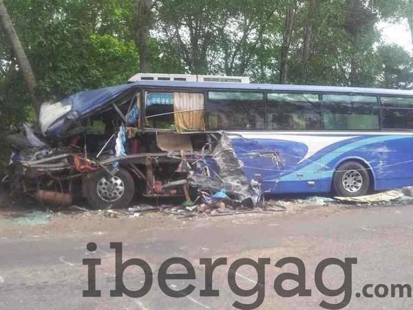 El Jadida : 6 morts et 40 blessés dans un accident d'autocar - IBERGAG