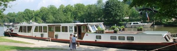 Péniche à louer pour événements et croisières fluviales - Namur et Paris - Péniche MS Elisabeth