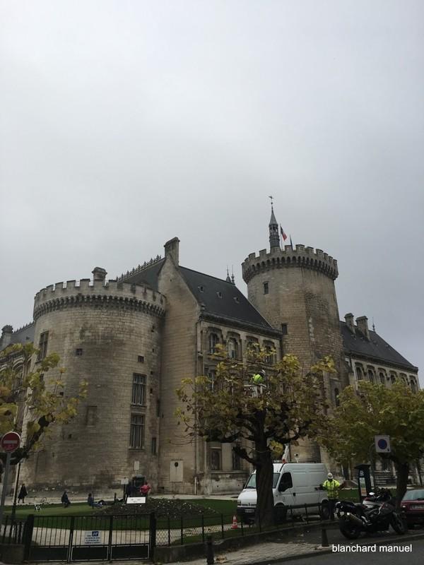 photo,vidéo,article,pétition: 2016-11-15 Angoulème