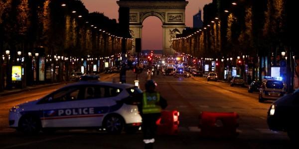 Champs-Élysées : un policier tué, l'État islamique revendique