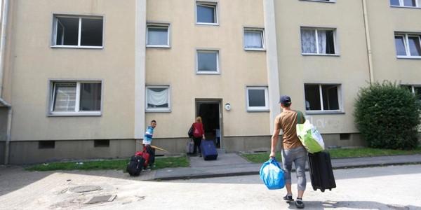 La baisse des aides au logement, «perçues par les pauvres et les modestes», suscite des critiques