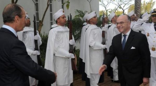 La France ne tolèrera pas les actes antimusulmans sur son sol, assure Cazeneuve