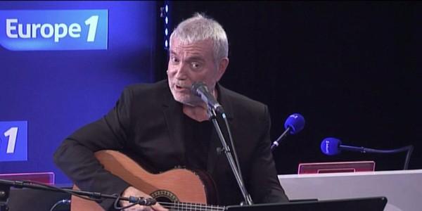 Bernard Lavilliers interprète Est-ce ainsi que les hommes vivent? reprise de Léo Ferré - Video