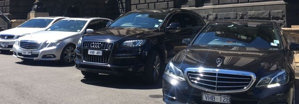 Airport Limo Melbourne - Limo Melbourne Airport Transfers | Hire Now