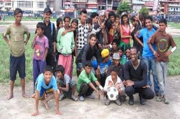 Image - Soins infirmiers auprès des enfants des rues de Katmandou - aide au rencontres