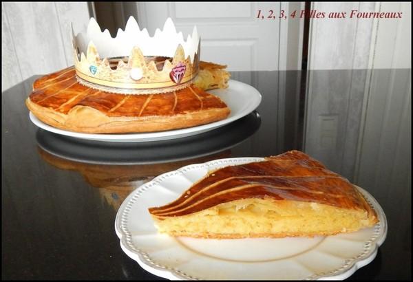 Galette des rois à la frangipane  (recette de Cyril Lignac) - 1, 2, 3, 4 filles aux fourneaux