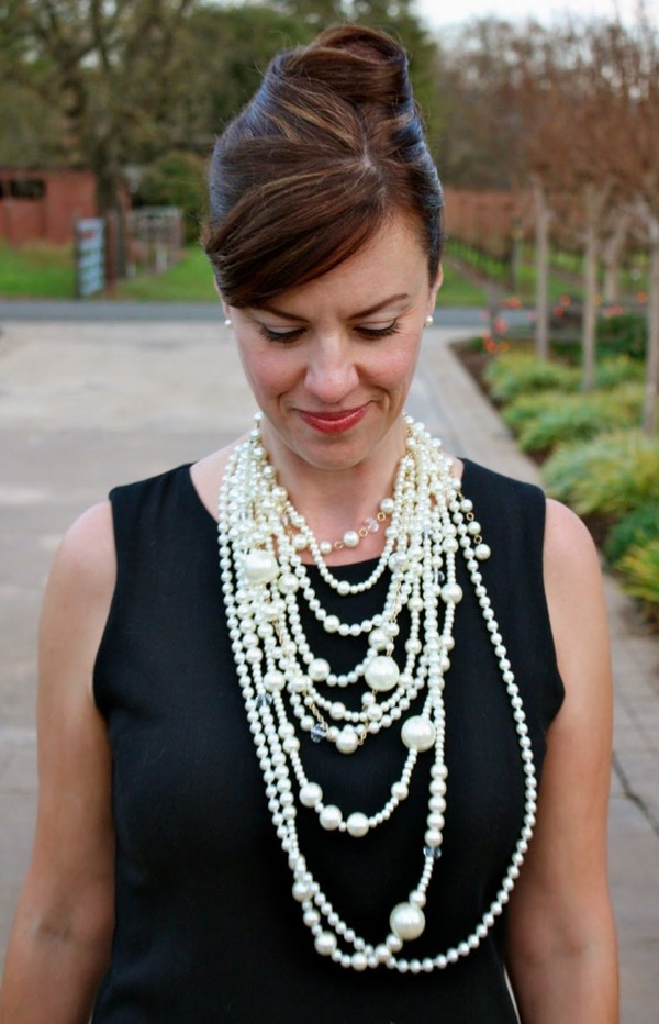 Styling tips for pearl necklaces