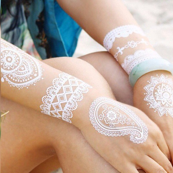 http://www.niceplacevisit.com/awesome-lace-inspired-tattoos/