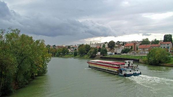 Aujourd'hui en Europe: la Commission veut développer le transport fluvial européen