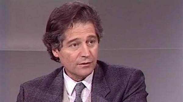 1988, Jacques Benveniste et la mémoire de l'eau - Archives vidéo et radio Ina.fr
