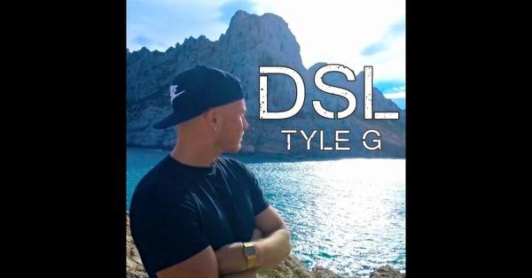 Écoutez les morceaux de l'album DSL - Single, notamment «DSL». Acheter l'album pour 1,29€. Morceaux à partir de 1,29€. Gratuit avec un abonnement AppleMusic.